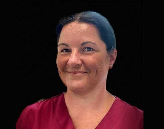 Frau Pamela Hoffann